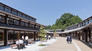 木造校舎で日本文化を学ぶ