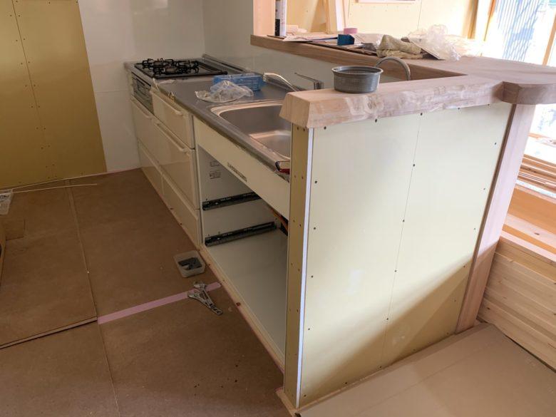 キッチン組立て