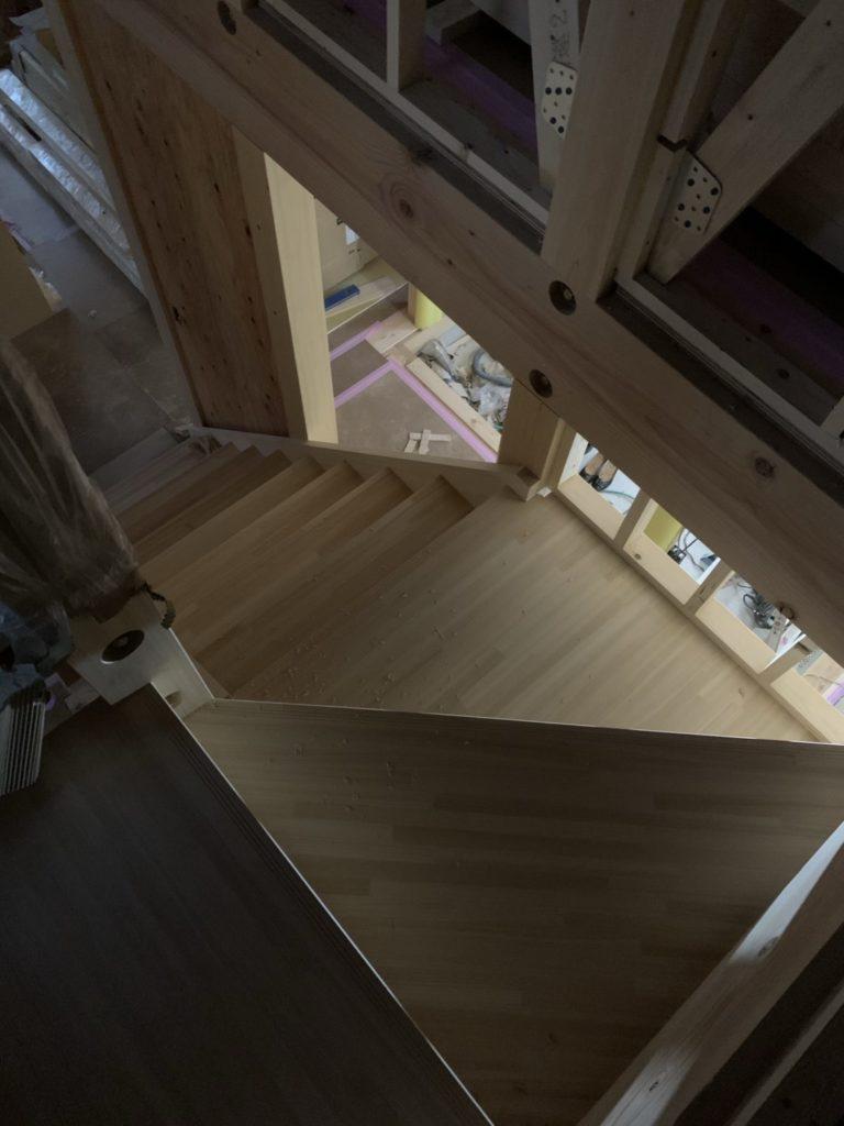 現場打合せ・階段施工
